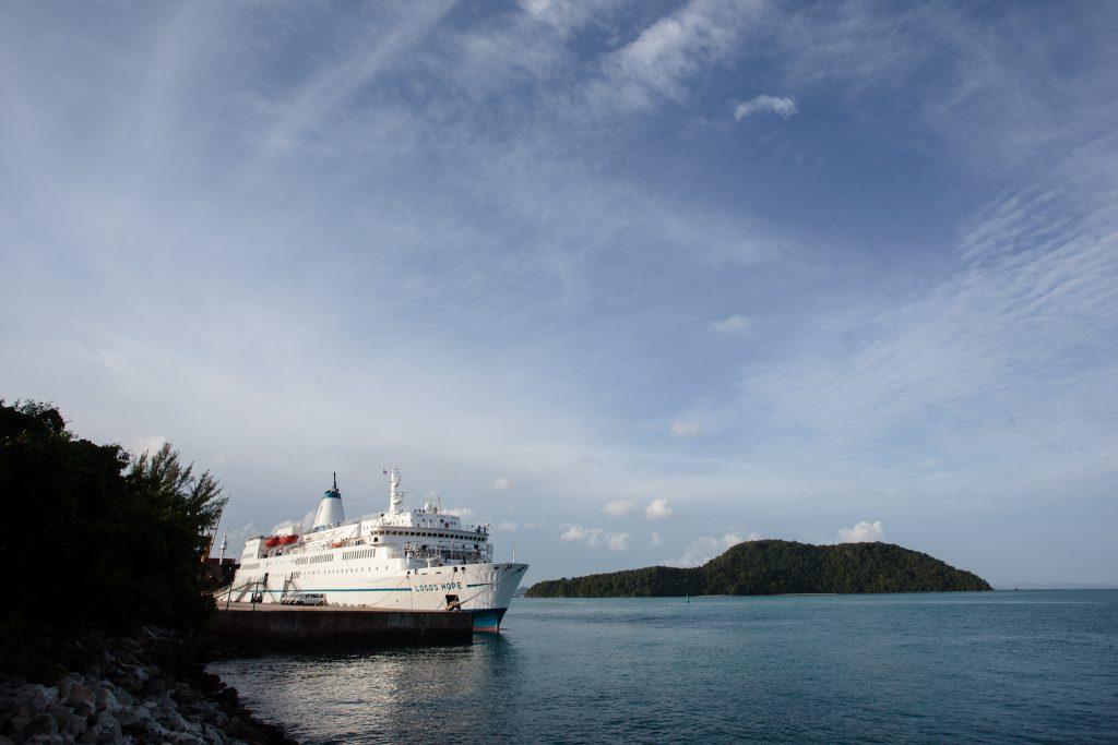Ship_in_Phuket_port